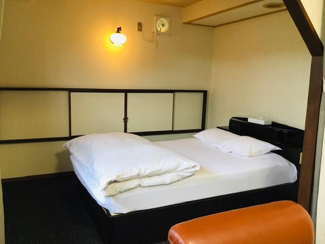 ホテルわかば客室1